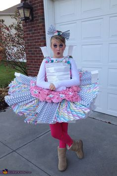 DIY Paper Doll Costume - creative!