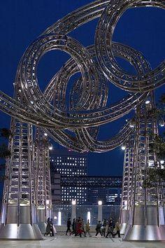 (Minato Mirai 21 Steel Sculpture in Yokohama City, Knagawa, Japan)