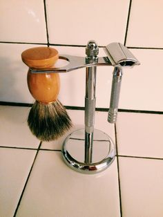 Over the past year, I've been slowly making simple switches for a more eco friendly, zero waste lifestyle. Last fall, I was down to my last few disposable razors so I asked for a safety razor for Christmas. Safety razors are an excellent sustainable option because unlike their disposable counterparts,…