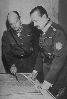 Jääkäri ja jalkaväenkenraali Erik Heinrich ja ylipäällikkö Mannerheim.