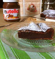 Torta+alla+Nutella+con+due+ingredienti,+ricetta+golosa Nutella Funny, Health Remedies, I Love Food, Biscotti, Bakery, Food And Drink, Pudding, Yummy Food, Sugar