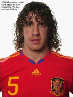 you tell them Puyi! Xabi Alonso, Spanish Soccer Players, Fifa, David Villa, Eden Hazard, Old Trafford, European Football, Arsenal Fc, College Basketball