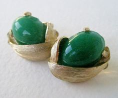 Vintage 60s Retro Traditional Signed Kramer Brushed Goldtone Kelly Green Lucite Cabochon Oval Earrings by ThePaisleyUnicorn, $6.00