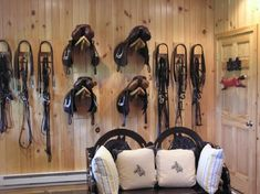 The 10 Best Dressage Horses & Riders Ever – Tack room Dream Stables, Dream Barn, Horse Stables, Horse Farms, Tack Room Organization, Horse Tack Rooms, Barn Layout, Barn Stalls, Dressage Horses