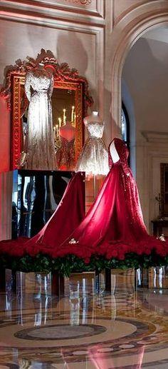 Elie Saab at George V Hotel, Paris...... GOOD NEWS!! .... Register for the RMR4 International.info Product Line Showcase Webinar Broadcast at: www.rmr4international.info/500_tasty_diabetic_recipes.htm ...................................... Don't miss our webinar!❤........