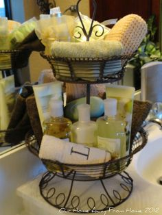 Been trying to figure out for the longest where to put guest toiletries at...perfect!    Toiletries basket- perfect for visitors Gift basket Ideas #giftbasketideas #giftbaskets