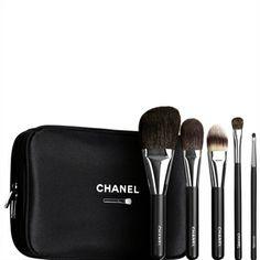 CHANEL - LES ESSENTIELS: LES PINCEAUX ESSENTIAL BRUSH SET More about #Chanel on http://www.chanel.com