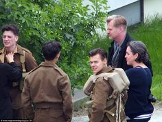 Christopher Nolan, Emma Thomas, Aneurin Barnard, Harry Styles, and Fionn Whitehead in Dunkirk (2017)