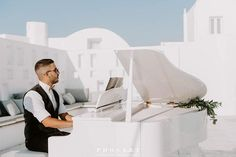 My name is Raphael Sigalas, I am a pianist and graduate of the National Conservatory Santorini. I managed to provide my services at wedding receptions and wedding proposals, private dinners, and parties offering sophisticated and elegant moments to couples who would love to accompany their special moments with melodies of a piano.