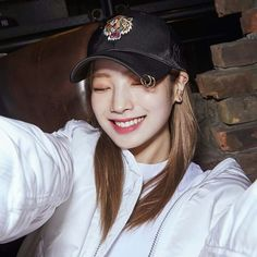 "Twice-Dahyun ""TWICE×MLB"""