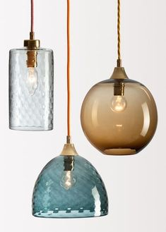 The charm of Rothschild & Bickers starring at designjunction - Traditional blown for contemporary lighting // Lampen aus Glas Home Lighting, Kitchen Lighting, Lighting Design, Pendant Lighting, Pendant Lamps, Deco Luminaire, Mid Century Lighting, Brass Lamp, Light Design