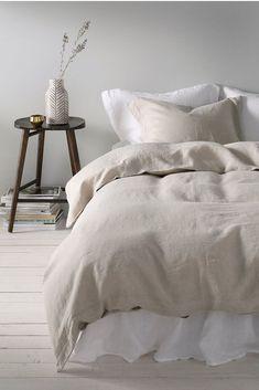 Sengesett Candice i vasket lin, 2 eller 3 deler Small Bedroom Inspiration, Cute Bedroom Ideas, Bedroom Inspo, Bedroom Colors, Bedroom Decor, European Bedroom, Modern Bedroom, Winter Bedroom, Peaceful Bedroom
