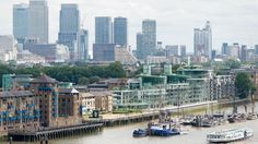 Qatar set to buy London's Canary Wharf district - Channel NewsAsia//A general view of Canary Wharf, seen from City Hall in central London. (AFP/Leon Neal)