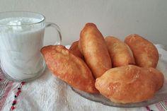 Sós fánk, ahogy az olaszok készítik | Szépítők Magazin Romanian Food, Romanian Recipes, Russian Recipes, Hot Dog Buns, Gnocchi, Sweet Potato, Vegan Recipes, Vegan Food, Potatoes