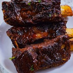These easy oven baked jerk beef ribs are seasoned to the bone, slow braised, tender and juicy. These ribs will be a hit- fall off the bone perfection! Jamaican Cuisine, Jamaican Dishes, Jamaican Recipes, Rib Recipes, Dinner Recipes, Oven Baked Beef Ribs, Beef Ribs Recipe, Ribs In Oven, Diners