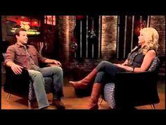 Funny Moments of Miranda Lambert ( & Blake Shelton). HILARIOUS. I love her. (duh)