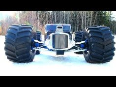 ▶ RC ADVENTURES - Monster REAPER - RatRod RC - Traxxas Summit 4x4 Snaps Axle! - YouTube