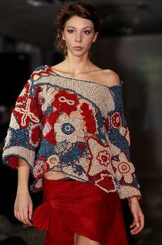Ručně háčkovaný svetr – MOLO7 Bell Sleeves, Bell Sleeve Top, Women, Fashion, Moda, Fashion Styles, Fashion Illustrations, Woman