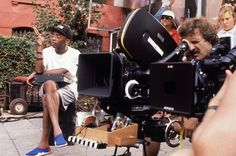 spike lee on the set of do the right thing | Do the Right Thing (1989): Spike Lee and crew on location
