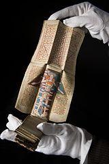 MS. 8932. Medieval folding almanac (15th century) Wellcome C0096769.jpg