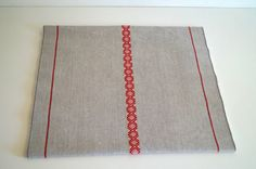 Vintage table runner. Designed in Sweden  by by vintagdesign