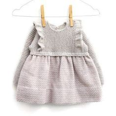 a knit and crochet community Baby Pullover, Baby Cardigan, Knitting For Kids, Baby Knitting, Baby Sweater Knitting Pattern, Baby Girl Crochet, Girly, Garter Stitch, Baby Sweaters