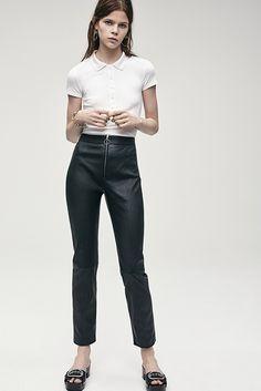 Pantaloni a vita alta: la tendenza per la primavera 2017 #dress #fashion #fashionweek #spring #style