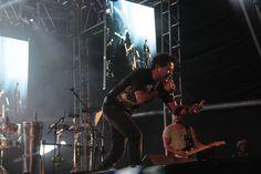 """THE FINGERS OF BRASILIA é uma banda formada por músicos experientes, dedicados a mostrar uma excitante mescla de clássicos do Pop, do Rock e do Country Rock para todas as idades. A banda foi montada em 2007, em Orlando Florida - USA. O trabalho Autoral do primeiro EP """"""""BARES E MENTIRAS"""""""""""" com as Músicas: Bares e Mentiras - Quando - Me Arma e Desarma - Vem me Encontrar - Fever - She Whant's…."""
