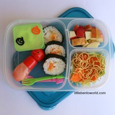 I just love these lunchboxes from Little Bento World
