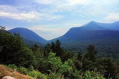Take in all that the Granite State has to offer with these beautiful scenic drives in New Hampshire. You've never seen the state quite like this. Mountain Pictures, Scenery Pictures, New Hampshire, Mount Washington Auto Road, White Mountain National Forest, Granite State, New England Travel, White Mountains, Scenic Photography