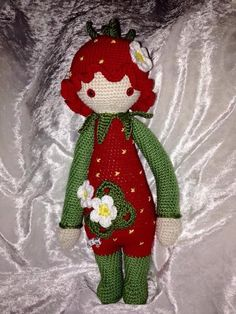 strawberry mod made by Sonja F. / crochet pattern by lalylala