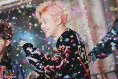 Jimin ❤ BTS 'YOU NEVER WALK ALONE' Jacket Photo Shoot Sketch #BTS #방탄소년단