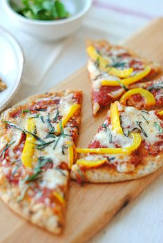 Clean eating! Can't wait to make this whole wheat pita bread pizza :)