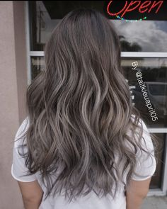 Done by Tai #olaplex @olaplex #hairslut #hairporn #hairstyle #angelofcolour #modernsalon #hairdresser #bebesalon #behindthechair #americansalon #colorcorrection #colormelt #hairpainting #longhair #silverhair #love #blondehair #platinumblonde #whiteblonde #icyblonde #grannyhair #babylights #balayage #ombre #colorist #haircolor #greyhair #hairstylist #silverblonde
