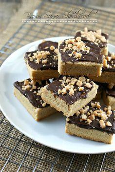 Authentic Suburban Gourmet: Simply Sublime | Brown Sugar Shortbread by @Lisa | Authentic Suburban Gourmet