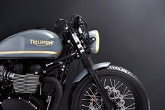 Triumph Bonneville Cafe Racer by Bunker Custom Triumph Cafe Racer, Triumph Motorcycles, Custom Motorcycles, Custom Bikes, Cafe Racers, Indian Motorcycles, Bunker, Triumph Bonneville T100, R Cafe