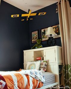 How to Decorate a Boy's Room with an Auto and Airplane Theme
