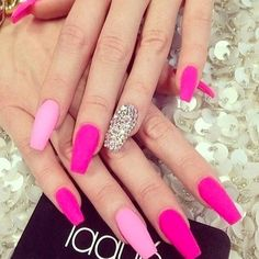 10 Most Lovely and Fascinating Matte Nails 2016 Pink Gel Nails, Pink Nail Art, Hot Nails, Matte Nails, Matte Pink, Barbie Pink Nails, Gradient Nails, Silver Nails, Pink Bling Nails