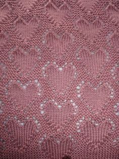 """Lots of Love"" Baby Blanket - free knitting pattern!"