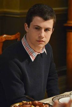 Dylan Minnette - wow what a hottie