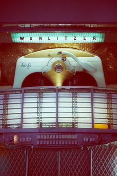 Wurlitzer Jukebox. #retro #music #vintage