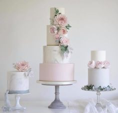 Featured Wedding Cake: Cotton & Crumbs; www.cottonandcrumbs.co.uk; Wedding cake idea. #weddingcakes