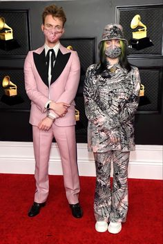 Billie Eilish, Latest Fashion Clothes, Latest Fashion Trends, Grammy Outfits, Afghani Clothes, Miranda Lambert, Pretty People, Harry Styles, Nice Dresses