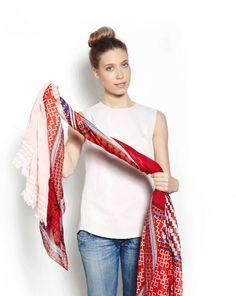 5 fresh ways to tie a scarf this summer