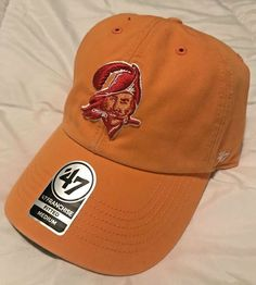 Tampa Bay Buccaneers. Franchise Hat. Retro Style.  d65f9e4d9