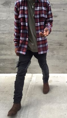 9 Sensational Cool Tips: Urban Fashion Photoshoot Life urban wear for men clothing.Urban Fashion Runway Haute Couture urban wear for men products. Mode Man, Mens Flannel Shirt, Plaid Shirts, Plaid Shirt Outfits, Fall Shirts, Men With Street Style, Style Men, Men's Style, Style Blog
