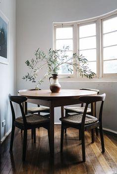 Design*Sponge house tour | mid century design | dining room inspiration | home decor: http://www.designsponge.com/2015/02/nicolette-johnson.html?crlt.pid=camp.NT03Vfz4GTDB