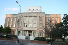 Meridian, MS    Courthouse in downtown Meridian