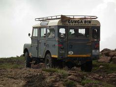 THE FAMOUS GUNGA DIN Adventure Car, Best 4x4, Go Car, Land Rover Defender, Range Rover, Land Cruiser, Cool Cars, Landing, Jeep