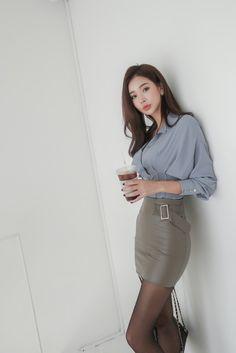 Office Fashion, All Fashion, Asian Fashion, Fitness Fashion, Fashion Outfits, Womens Fashion, Steampunk Fashion, Gothic Fashion, Pencil Skirt Work